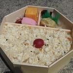 瓔珞 - 鯛ごはん弁当1000円