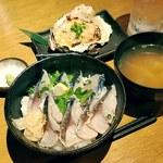 北本の貝や。 - 炙りしめ鯖丼と牡蠣のなめろう焼き‼