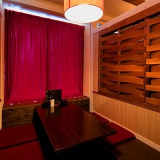 個室をメインに様々なバリエーションのお席をご用意しております