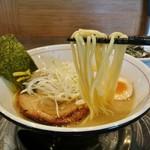 ラーメンまっくうしゃ - 三河屋製麺の麺