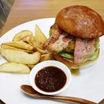 burger house UZU - ップルウッドスモークベーコンチーズバーガー1250円外税