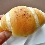 ブレッド アース - 料理写真:ザルツバター