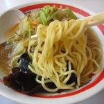 ちゃんぽん亭総本家 - 中太麺