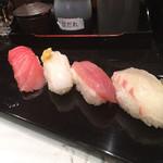 廻る富山湾 すし玉 - 季節の地物盛り  その①