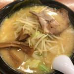 北海道ラーメン おやじ - 北海道ラーメンおやじ本店(おやじ麺)