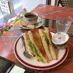 Zakku - モーニング、タマゴサンドトーストセット。690円。(内税)