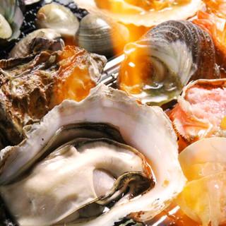 新鮮な海の幸が自慢!好きな焼き加減と味付けで気ままに満喫♪