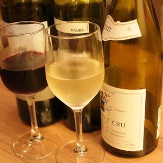 種類豊富なワインをご用意☆