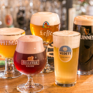 ベルギービールを中心にヨーロッパのビールが140種類以上。
