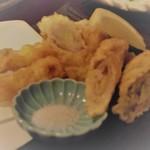 86792171 - 島らっきょうの豚巻き天ぷら650円