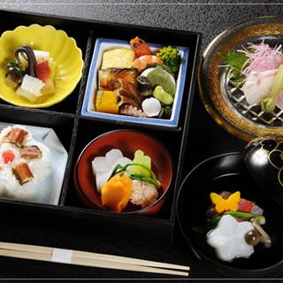 女子会、観光の方に。気軽に日本料理が楽しめるお値打ちランチ