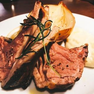 シェフが提案する美味しいお肉料理♪
