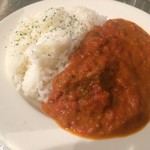 ソファリ - 牛スジとトマトのカレー
