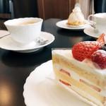 サロン・ド・プティマカロン - ショートケーキ