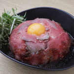 ローストビーフ丼&スープカリー くまちゃん -