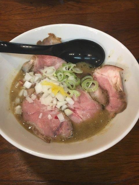 麺者屋ちくわ>