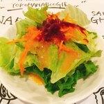 洋食バル 横浜ブギ - ランチに付いてくるサラダ