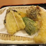 蕎麦酒家 笑よし - 天ぷらボリューム