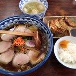 86827463 - チャーシュー麺+水餃子+焼餃子