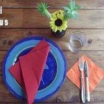 湯島食堂 - テーブルセッティングが可愛い
