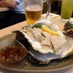86833551 - 巨大岩牡蠣