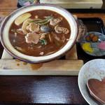 岩庄 - 料理写真:親子味噌煮込うどん 780円