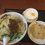 toukamura - 台湾風挽肉入りラーメン