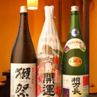 料理を引き立てる味わい深い「日本酒・焼酎」を、多数ご用意!