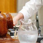 麻布 幸村 - 炊き立てのご飯を結ぶ際、手を冷やす器