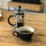 ゼブラ コーヒーアンドクロワッサン - 【2018.5.28】本日のコーヒー¥450 フレンチプレスでの提供。