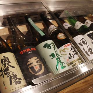 【ドリンク】店主厳選!四季折々、豊富な日本酒