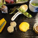 8686788 - 味なんぼ盛り(1260円)南瓜・ごぼう・ホタテ・おくら他