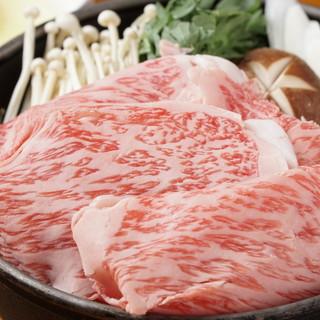 米沢牛串焼き、米沢牛刺身がおすすめです。