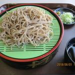 レストラン 一馬 - 料理写真:へぎそば(冷)(全景)