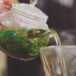 今宵、成田で世界の肉料理とごほうびワインを - フレッシュハーブティー