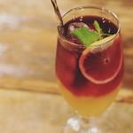 今宵、成田で世界の肉料理とごほうびワインを - アメリカンレモネード
