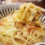 古4季 - 深コクのスープともっちり麺。