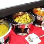 インドレストラン バーワルチー - カレー4種