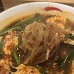 辛麺屋一輪 - 麺はコンニャク麺をチョイス