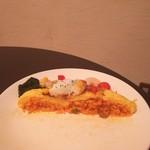 86871450 - エビと旬な野菜のふわふわオムライス(中身)