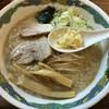 特麺コツ一丁ラーメン - 料理写真:ラーメン ラーメン 700円 麺少なめ ニンニク アブラ多めで