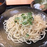 福よし - 辛口つけ麺 700円。