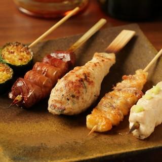 熊本県産の地鶏「天草大王」を使用した、絶品焼鳥を。
