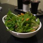 大森個室居酒屋 名古屋料理とお酒 なごや香 - 旬野菜の焙煎ごまサラダ