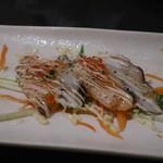 大森個室居酒屋 名古屋料理とお酒 なごや香 - 焼きサーモンとタコの彩りカルパッチョ