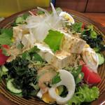 やき鳥三太郎 - 豆腐サラダ