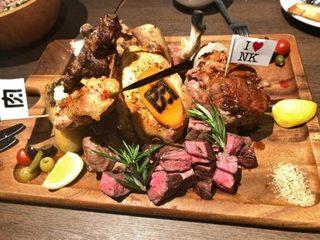 肉バル 肉ソン大統領 秋葉原店 - 「肉ソン・肉肉肉盛り合わせ」5,800円