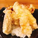 シャッツ - おまかせ天丼(680円:税抜)