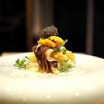 エノテカ エクウス - 料理写真:トリ貝とホワイトアスパラ