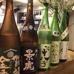 魚真 - 魚に合う日本酒揃えてます